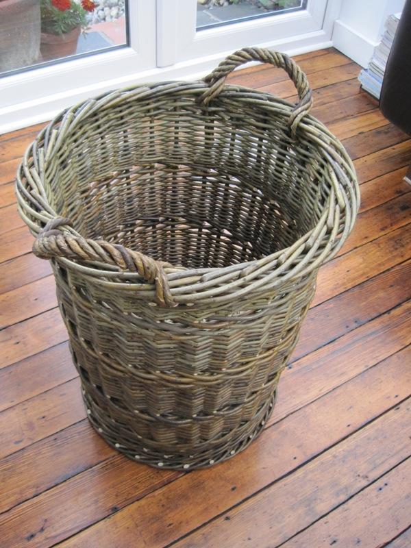 tall log basket bob johnston baskets. Black Bedroom Furniture Sets. Home Design Ideas
