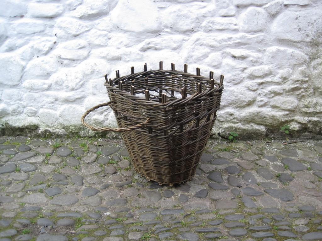 Traditional Willow Bob Johnston Baskets