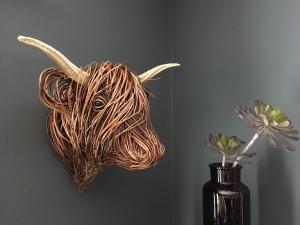 willow trophy head